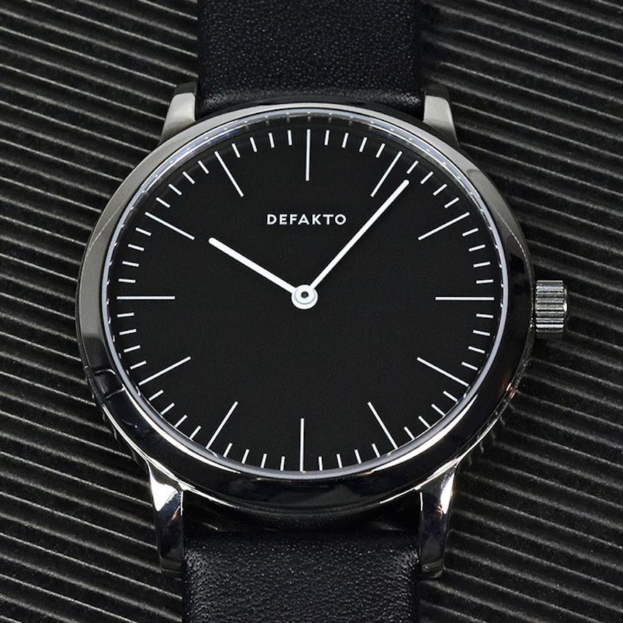 defakto-black-dial