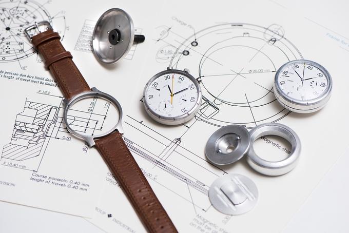Meet The Swiss Smart Watch/Bike Speedometer By Moskito
