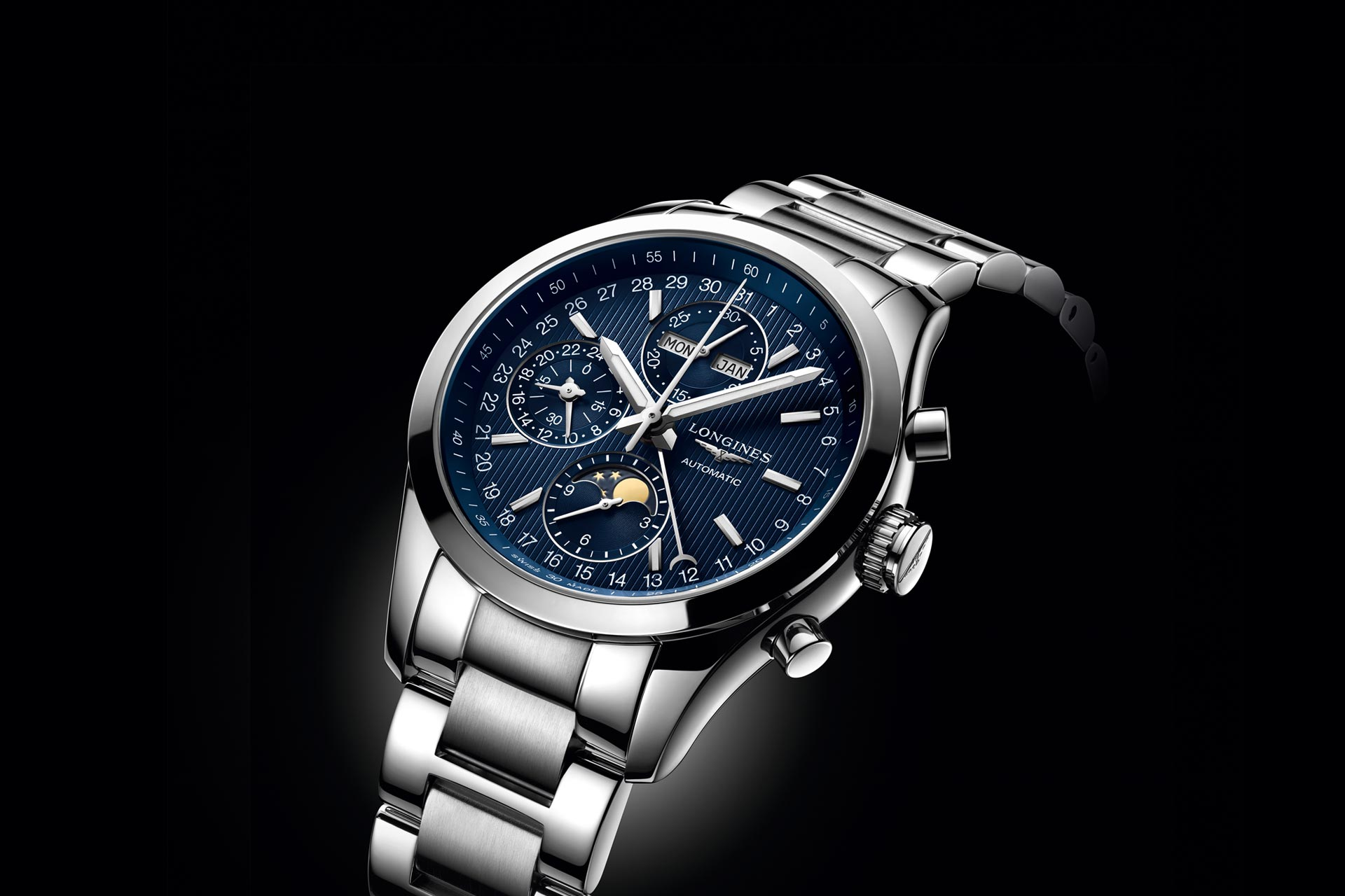 Longines Launches New Conquest Classic