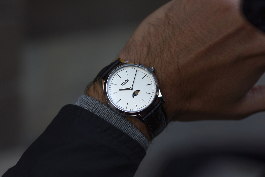 Introducing the MAEN Classic Moonphase Watch